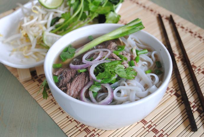 Vietnamese pho recipe- how to cook Vietnamese noodle soup