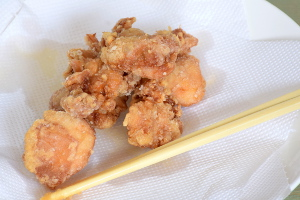 drain oil of karaage chciken