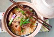 chicken rice in clay pot