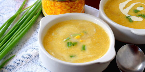 How to make chicken and corn soup in four simple steps