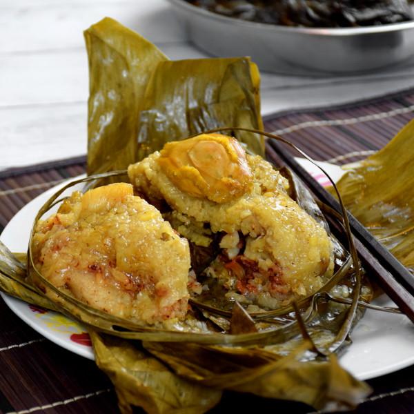 Zongzi (rice dumpling)