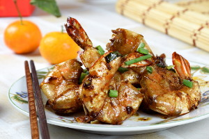 Pan-fried shrimps with soy sauce