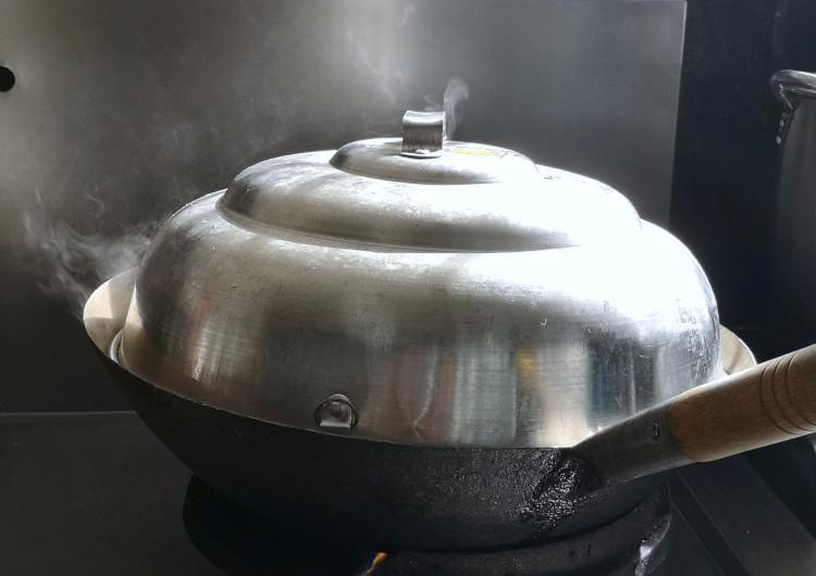 salt baked chicken in wok