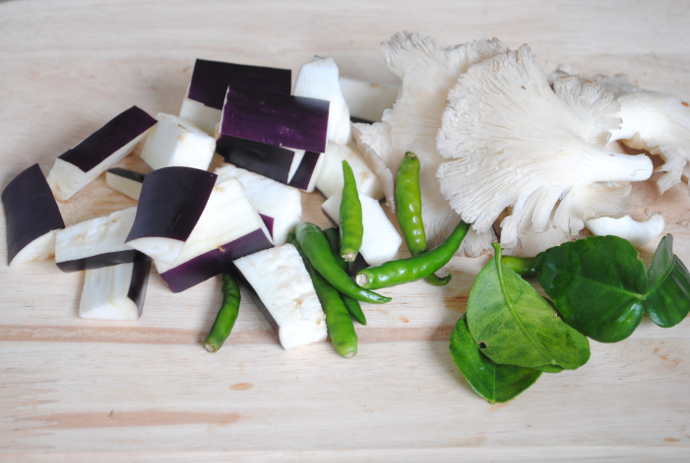 ingredients for Thai green curry