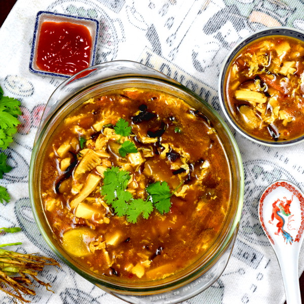 Hot and sour soup 酸辣湯