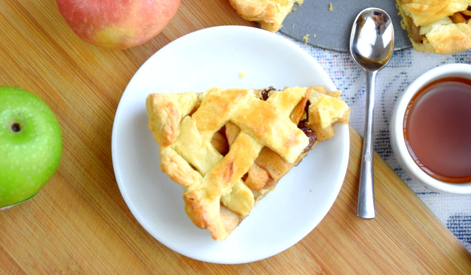 How To Bake The Best Homemade Apple Pie (10 Useful Tips)