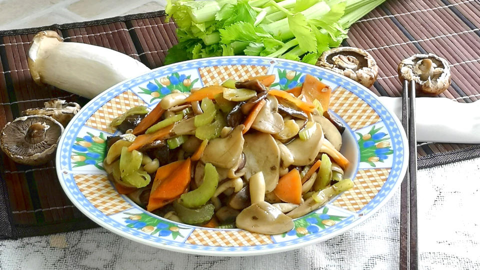 Mushroom stir fry – How to cook in 30 mins (Easy recipe)