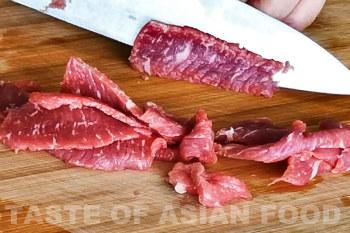 Beef and broccoli stir-fry - cut beef