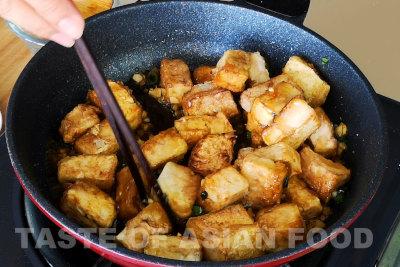 General Tsos tofu - add tofu and mix