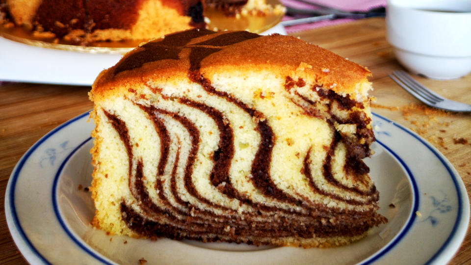 Marble Cake – How to make from scratch