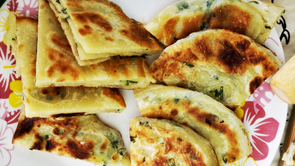 Scallion Pancake Recipe – How to make it crispy and fluffy