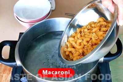 macaroni soup - cook macaroni