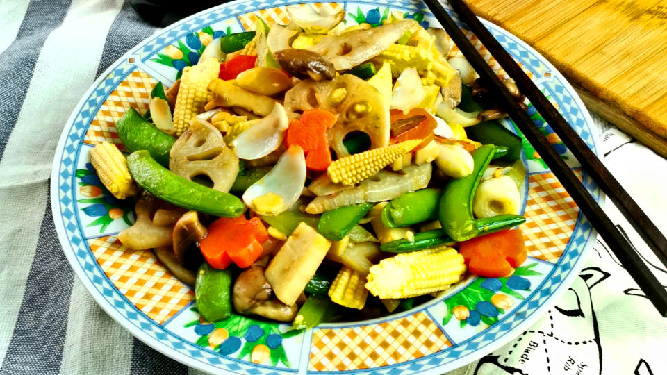 Chap Chye (how to stir fry delicious crunchy vegetables)