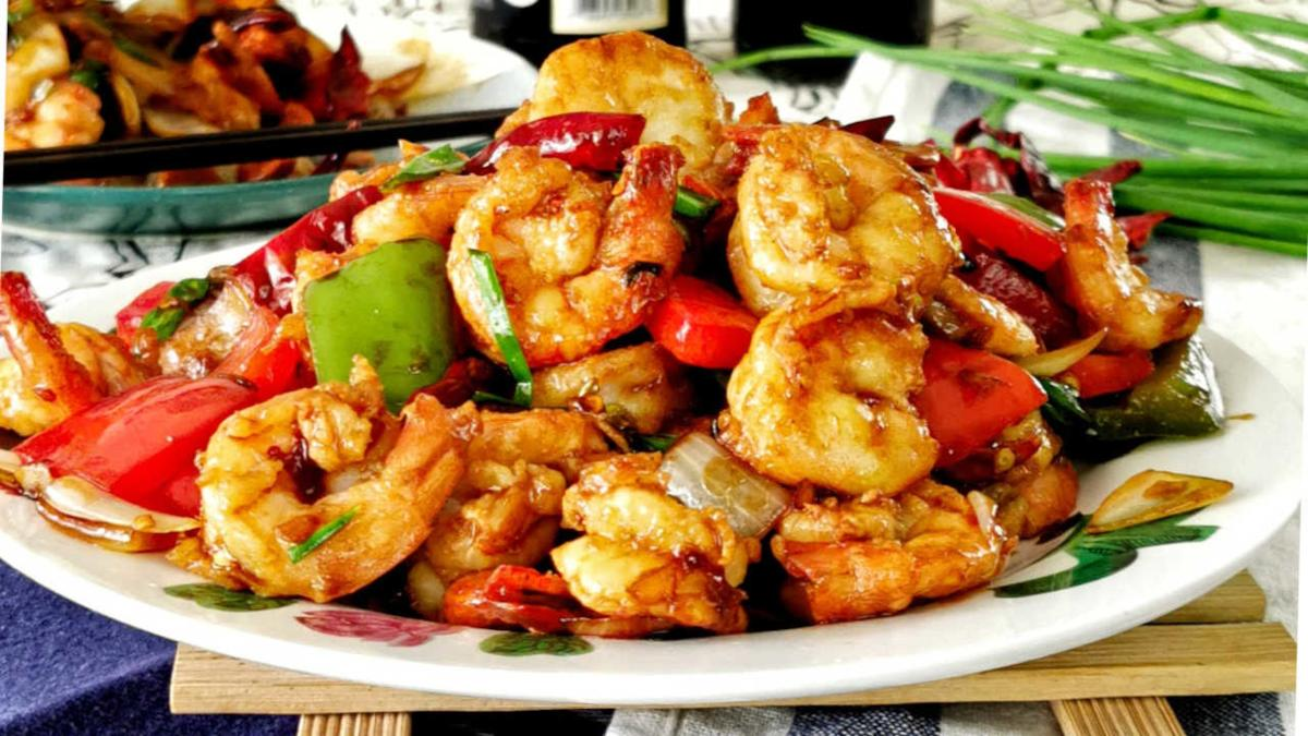 Kung pao shrimp featured image