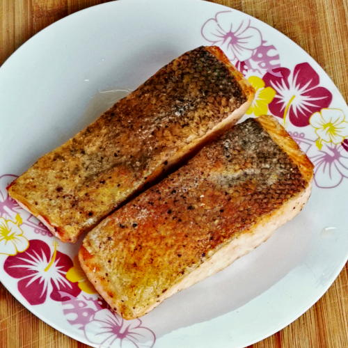 The perfectly pan-fried salmon fillets