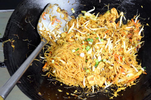 Singapore noodles: Final stage of stir-frying.