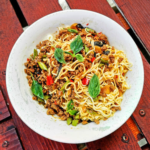 The Thai basil beef is best served with plain rice and topped with Thai-style fried eggs. It is also best to serve with any type of noodles. Just add enough pad gra prow to any noodles and mix, and top with an egg if you want.
