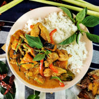 Thai red chicken curry thumbnail