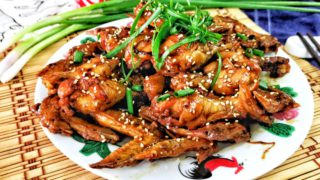 Coca-cola chicken 可乐鸡 is a Chinese style braised chicken with Coca-Cola. Absolutely delicious with Coke concentrate into thick gravy.