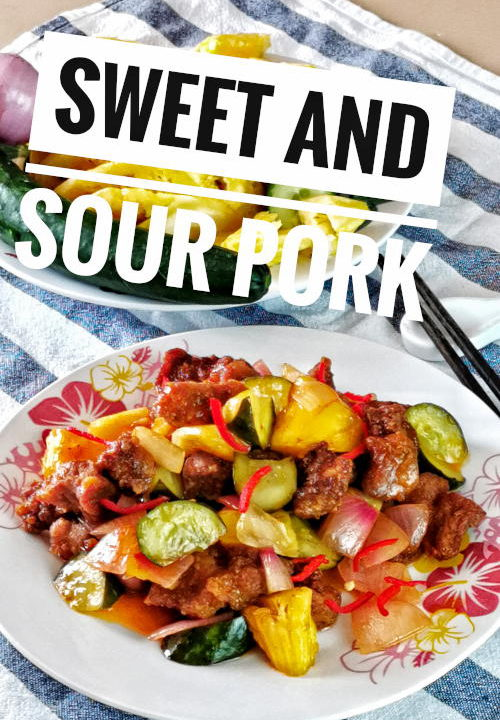 Sweet and sour pork 咕噜肉 is the traditional Chinese cuisine with a universal appeal. It is easy to prepare, kids friendly, which is perfect for any busy home cooks. The pork pieces are doused in a thick, spoon-coating sauce with a constant pull between sweet and sour. The deep fried pork is well balanced with the aesthetically pleasing combination of vegetables with will definitely set your stomach growling